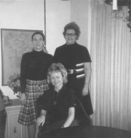 Hadassah women, Mrs. Lennett (left), Mrs. Simkin, and Mrs. M. Koffman (sitting); 'Nordau Hadassah'