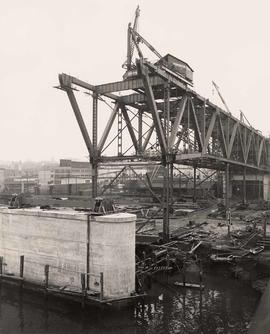 Dominion Bridge Company, construction of Granville Bridge