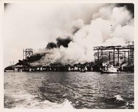 Fire at United Grain Growers Pier, Vancouver