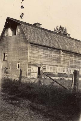 Profile of a barn in Pitt Meadows, 1942