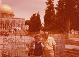 Ben and Esther Dayson standing in front of the Dome of the Rock on the Temple Mount in Jerusalem.