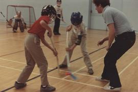 Centre floor hockey