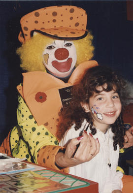 Cleo the Clown, Tara Adirim (7),  Hadassah Bazaar C