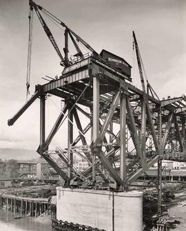 No. 25 - Granville Bridge, course of construction