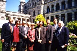 Bernie Simpson MLA - Fraserview 1990 - 1995 - Activities Jewish Community [Group of people in front of what appears to be the British Columbia Parliament Buildings]