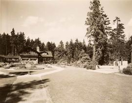 Pavilion and Harding Memorial, Stanley Park, Vancouver, British Columbia