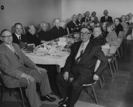 Residents of the Jewish Home for the Aged at dinner