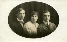[Portrait on postcard stock of Boris [Baryl] Victor (left), Sarah (Sonyia) Victor (middle) and Ha...