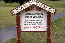 Sign for the Rotorua Golf Club