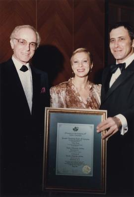 David and Elenor [Leider] receive certificate from Jewish National Fund