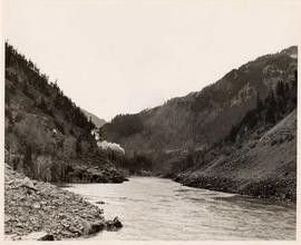 Placid Fraser River, Hell's Gate
